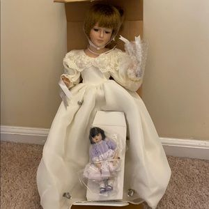Avon Mother & Child porcelain doll - Margaret
